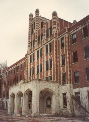 The Exterior of Waverly Hills Sanatorium